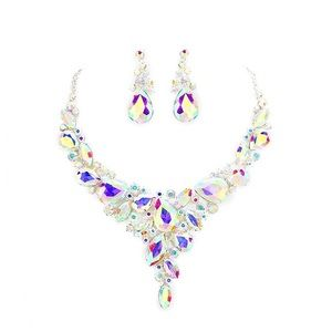 Irridescent rhinestone gorgeous necklace earrings